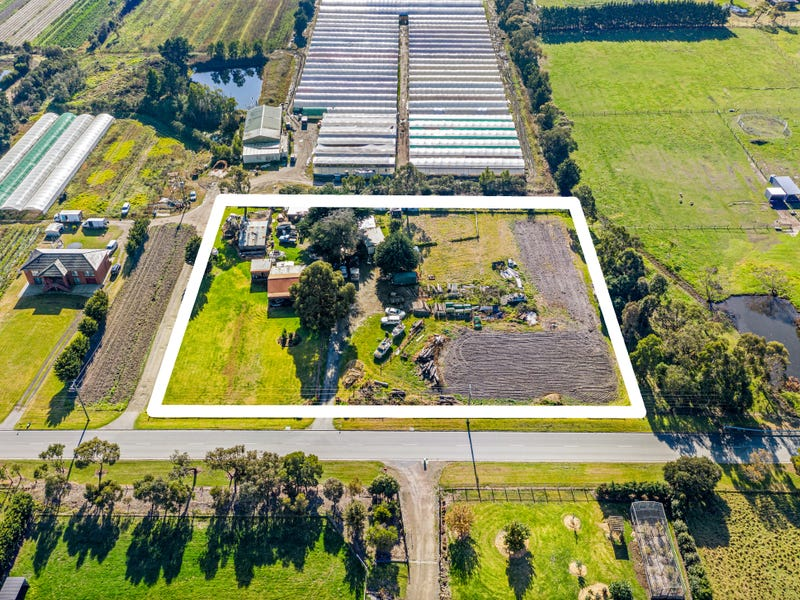945 Robinsons Road, Pearcedale, Vic 3912