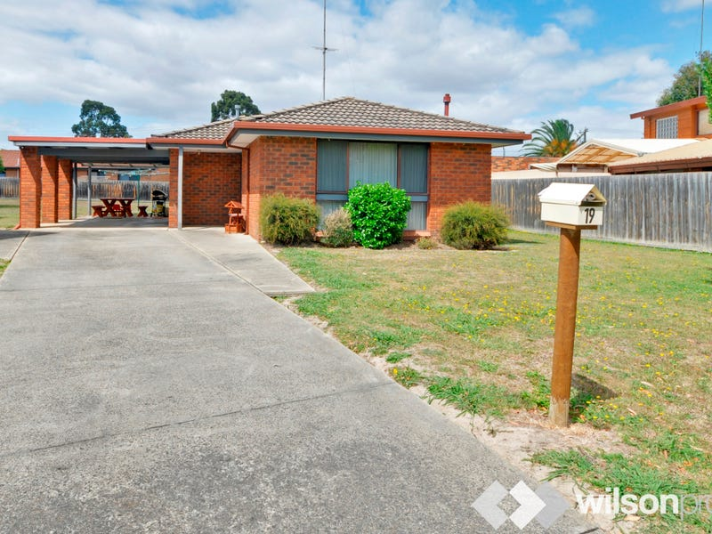 19 Christensen Close, Traralgon, Vic 3844