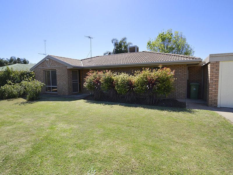 40 Crane Drive, Buronga, NSW 2739