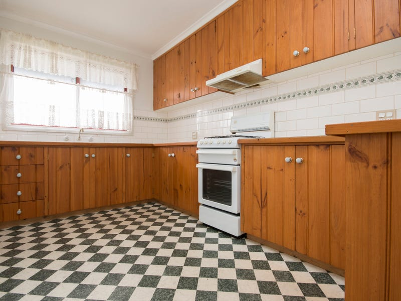 803 Howard Street, Soldiers Hill, Vic 3350