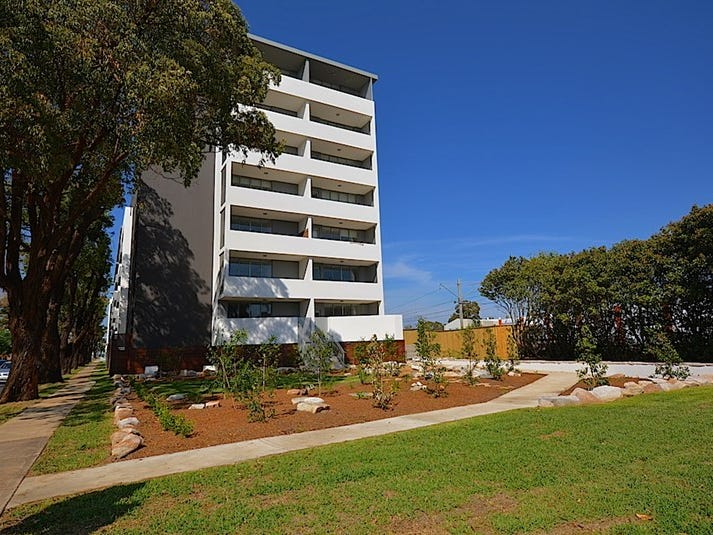 108/3-17 Queen Street, Campbelltown, NSW 2560