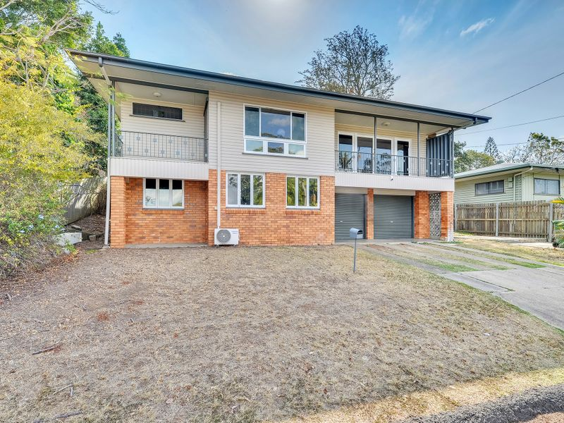 3 WHITEHEAD STREET, Eastern Heights, Qld 4305