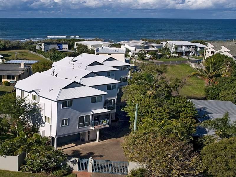 Unit 3 'The Beach Houses' 11 Wellington Parade, Shelly Beach, Qld 4551