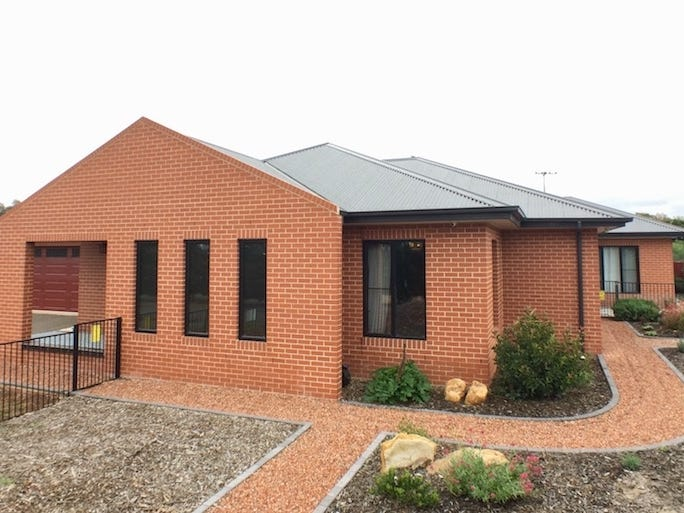 102 Ducks Lane, Goulburn, NSW 2580
