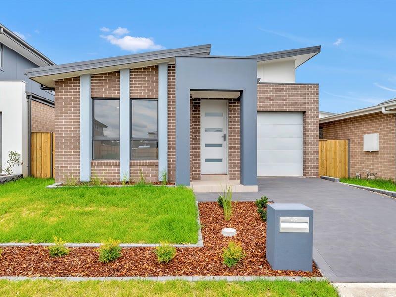 28 Kingsdale Avenue, Catherine Field, NSW 2557