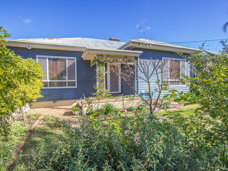 14 May Street, Narrandera, NSW 2700