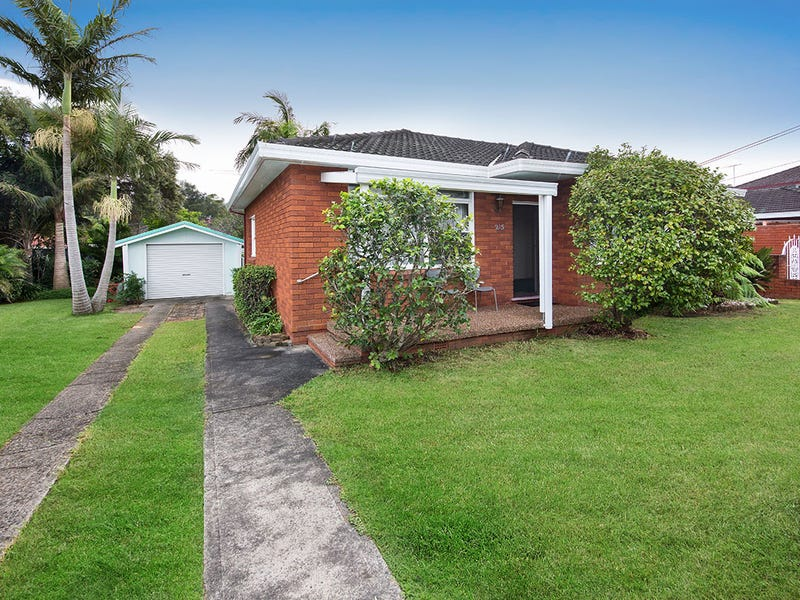 215 Parraweena Rd, Miranda, NSW 2228