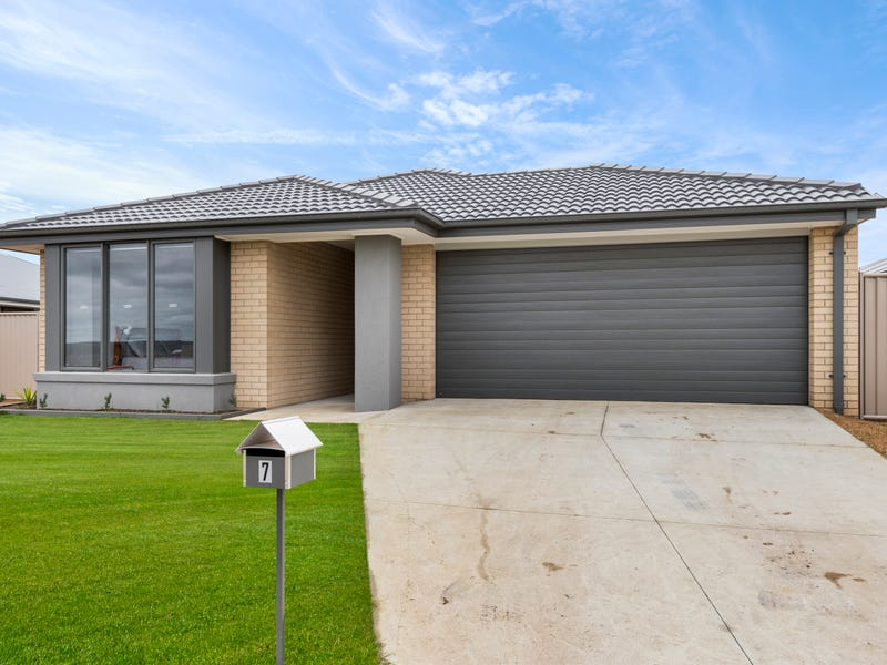 7 Barn Owl Avenue, Winter Valley, Vic 3358