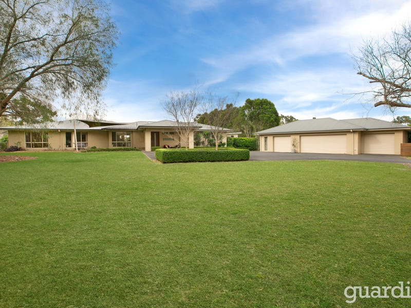 19 Lang Road, Kenthurst, NSW 2156