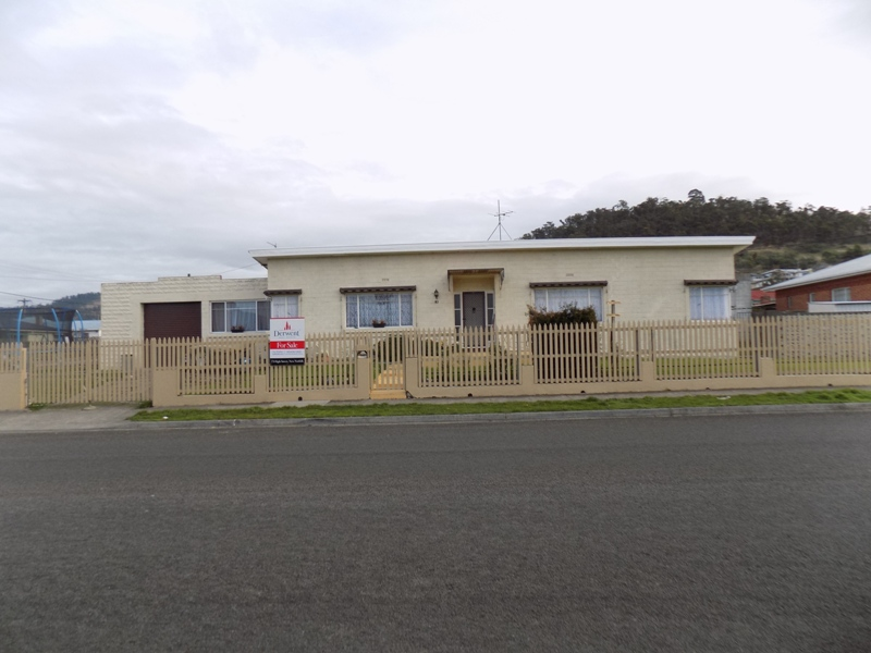 83 Blair Street, New Norfolk, Tas 7140