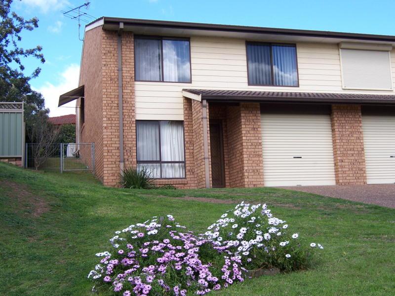 4A  Gibson Close, Singleton, NSW 2330