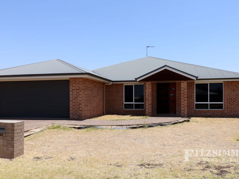 49 Diggers Drive, Dalby, Qld 4405