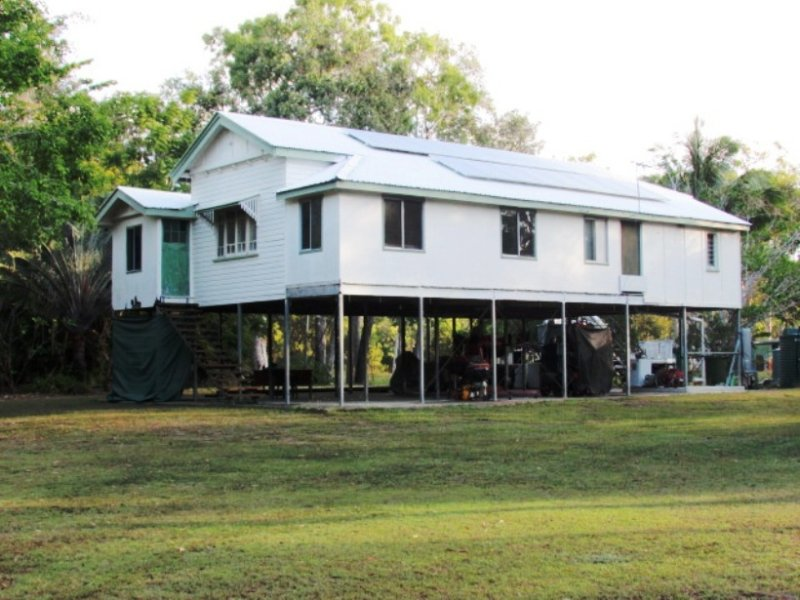38 Connelly Road, Cape Cleveland, Qld 4810