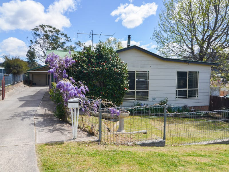 56 Outer Crescent, Lithgow, NSW 2790