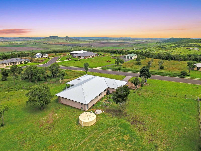 22 Hilltop Drive, Gowrie Junction, Qld 4352