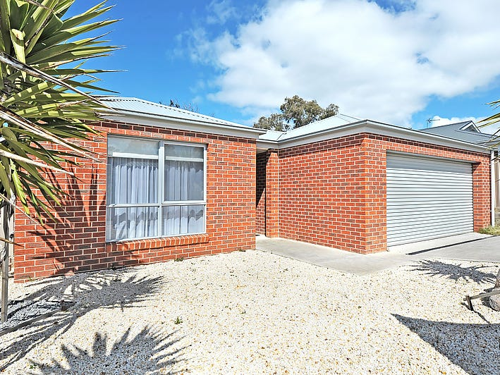 6 Muller Court, Mount Clear, Vic 3350