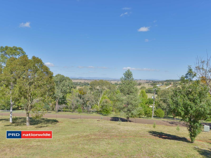 108 Stirling Road, Moore Creek, NSW 2340