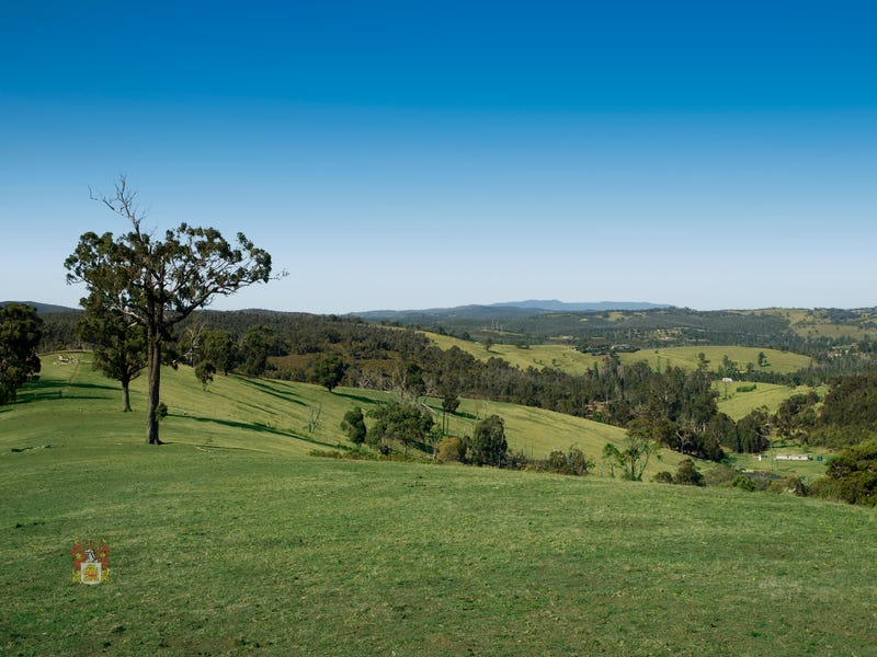 366 Chadds Creek Road, Strathewen, Vic 3099