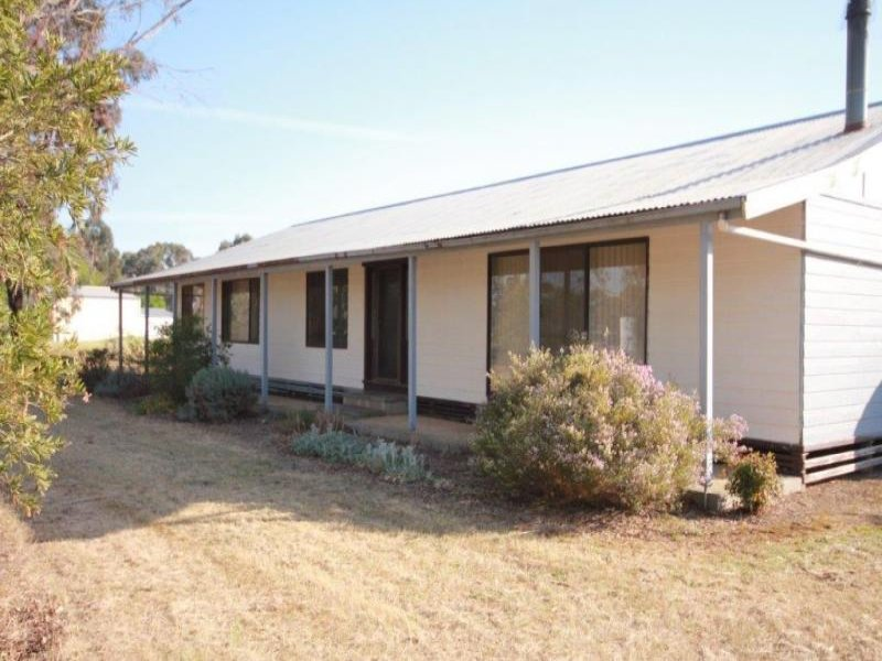 205 Dehnerts Road, Daisy Hill, Vic 3465