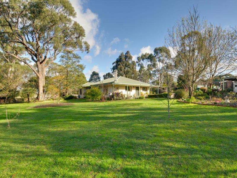 86 Main Road, Tyers, Vic 3844
