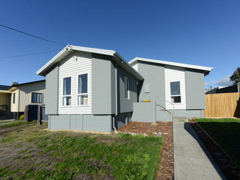 Unit 1 52 Renfrew Circle, Goodwood, Tas 7010