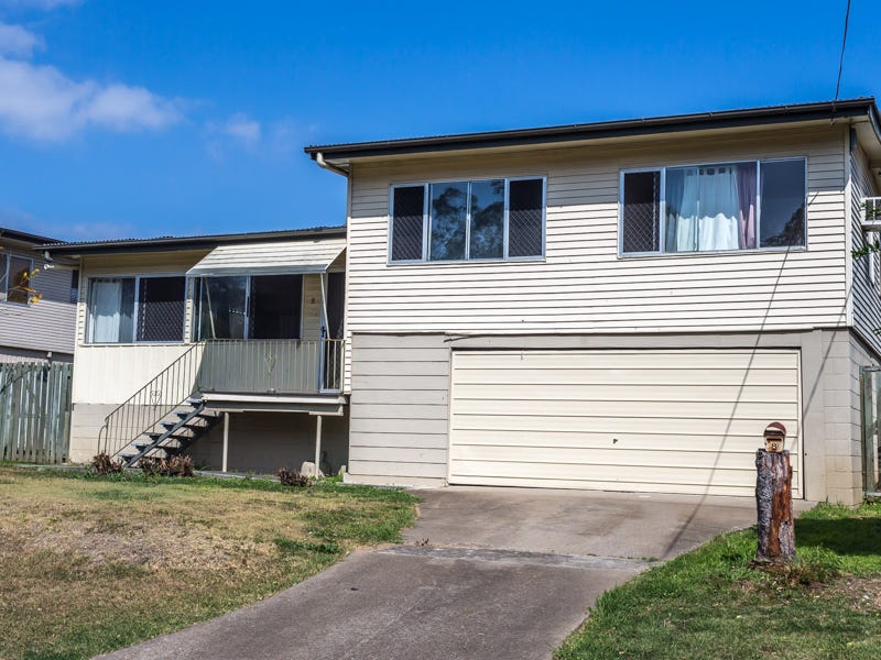8 prunda parade raceview qld 4305 property details for Split level homes for rent near me