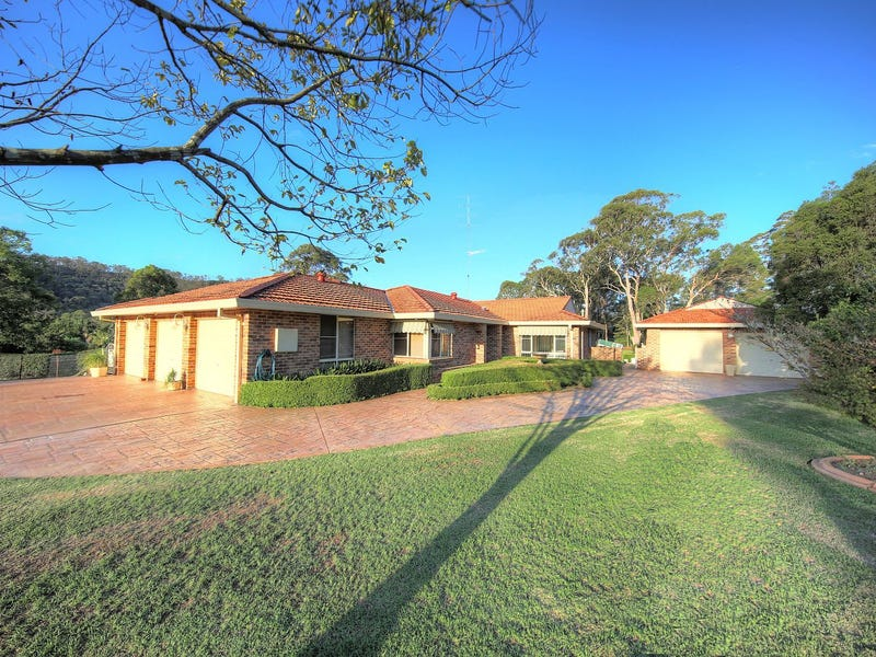 3 Jan St, Picton, NSW 2571