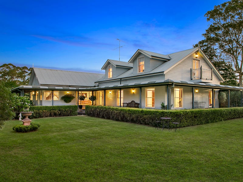 4 Taylors Road, Dural, NSW 2158