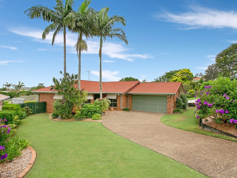 15 Honeymyrtle Drive, Banora Point, NSW 2486