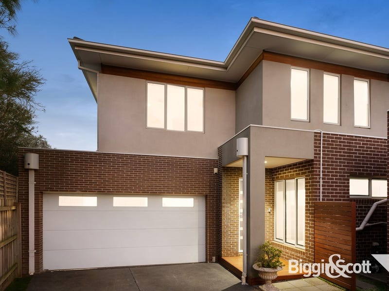 2/23 Pine Way, Doncaster East, Vic 3109