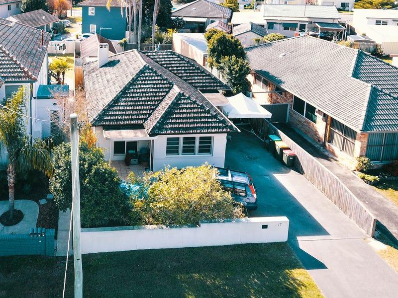 17 Robert Street, Forster, NSW 2428