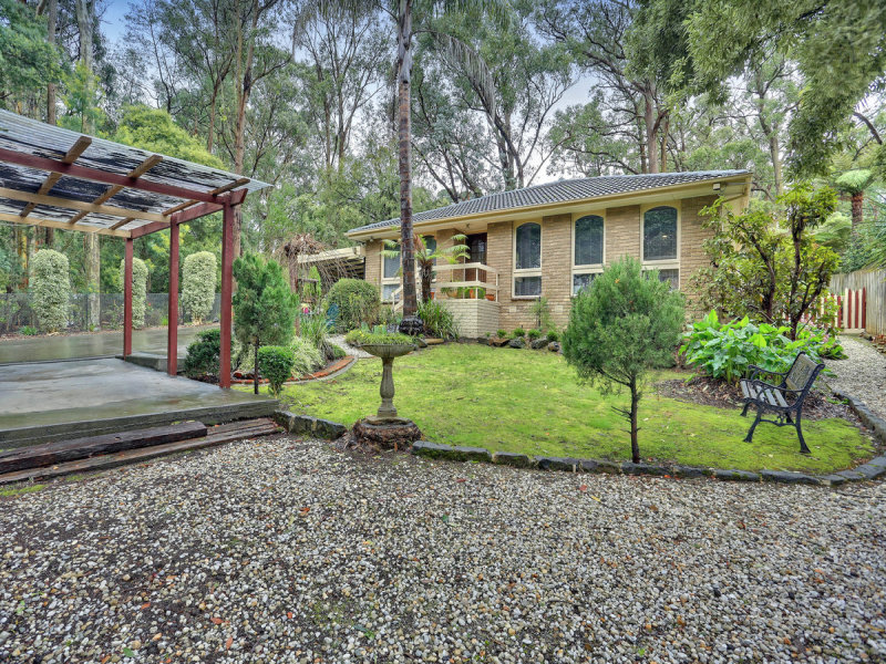 469 Belgrave Gembrook Road, Avonsleigh, Vic 3782