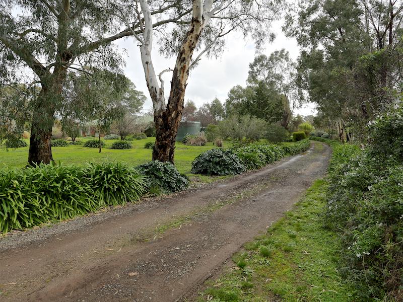 42 Creek Drive, Euroa, Vic 3666