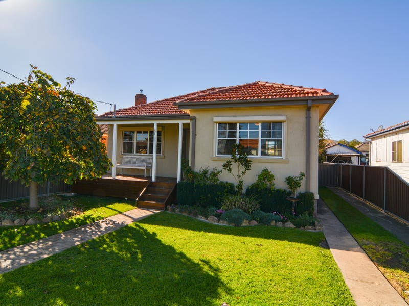 61 Enfield Avenue, Lithgow, NSW 2790