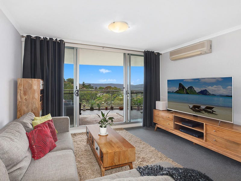 143/80 John Whiteway Drive, Gosford, NSW 2250