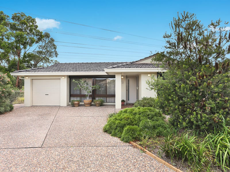 3 Robinia Place, Alfords Point, NSW 2234