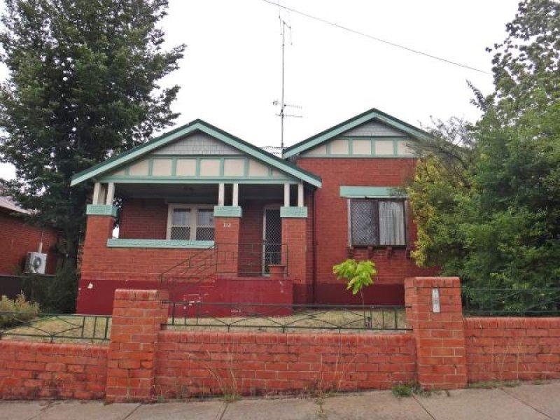 312 Stewart Street, Bathurst, NSW 2795
