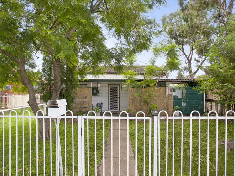 92 Simmat Avenue, Condell Park, NSW 2200