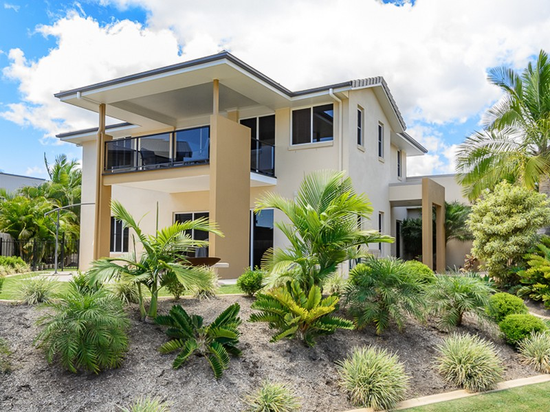 23 Lighthouse Drive, Boyne Island, Qld 4680