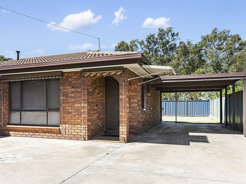 2/13 Beverley Street, Kangaroo Flat, Vic 3555