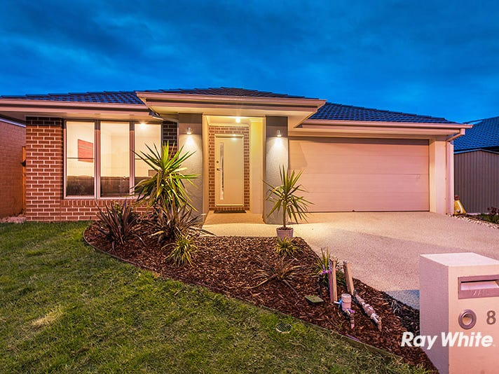8 Sundew Avenue, Cranbourne East, Vic 3977
