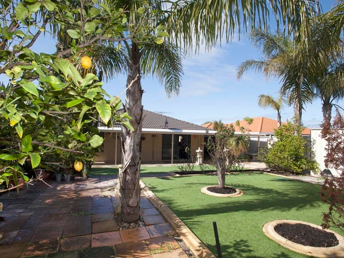 17 Sellar Elbow, Quinns Rocks, WA 6030