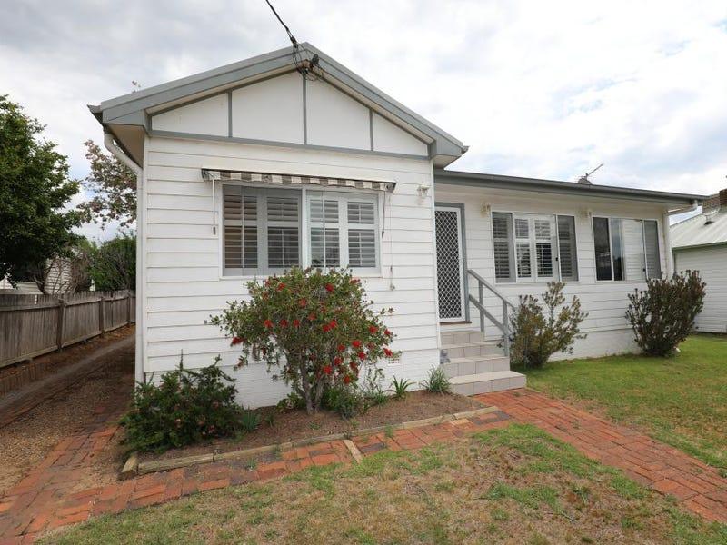 34 MIRO STREET, Young, NSW 2594