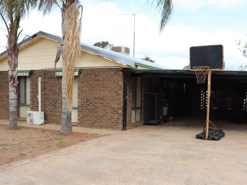 114 Neeld Street, Wyalong, NSW 2671