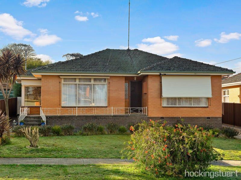 10 Lavinia Drive, Ballarat North, Vic 3350