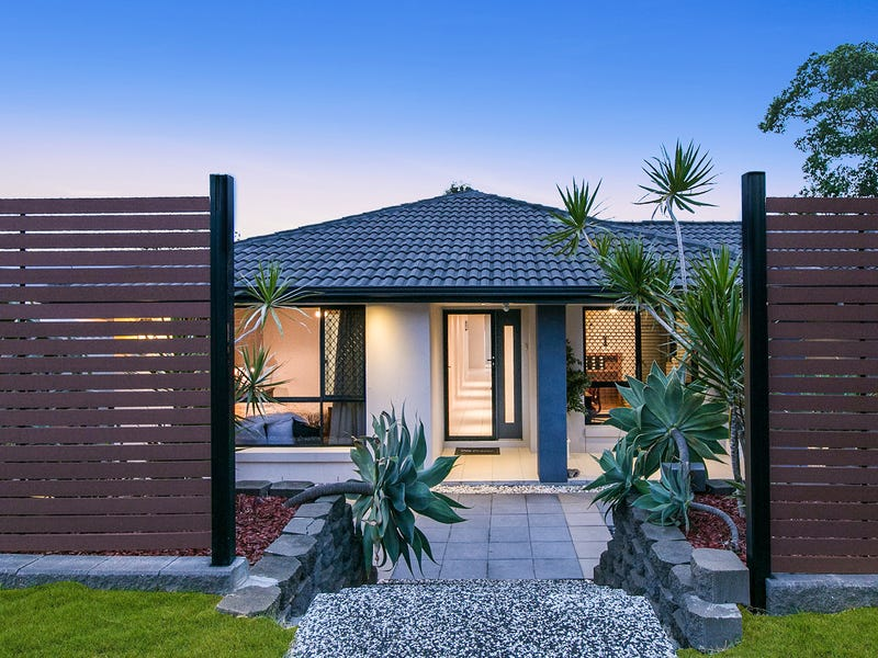 15 Senden Cres, Manly West, Qld 4179