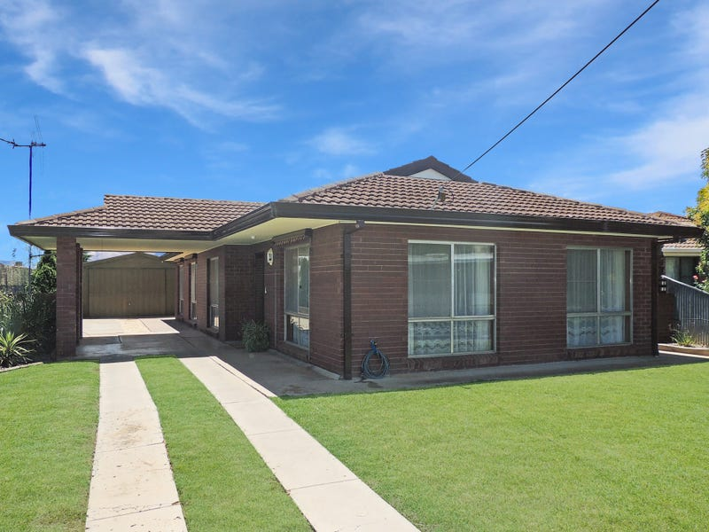 6 Phyland Court, Swan Hill, Vic 3585