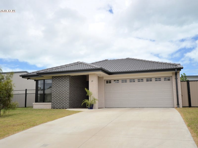 37 Sunrise Cresent, Burrum Heads, Qld 4659