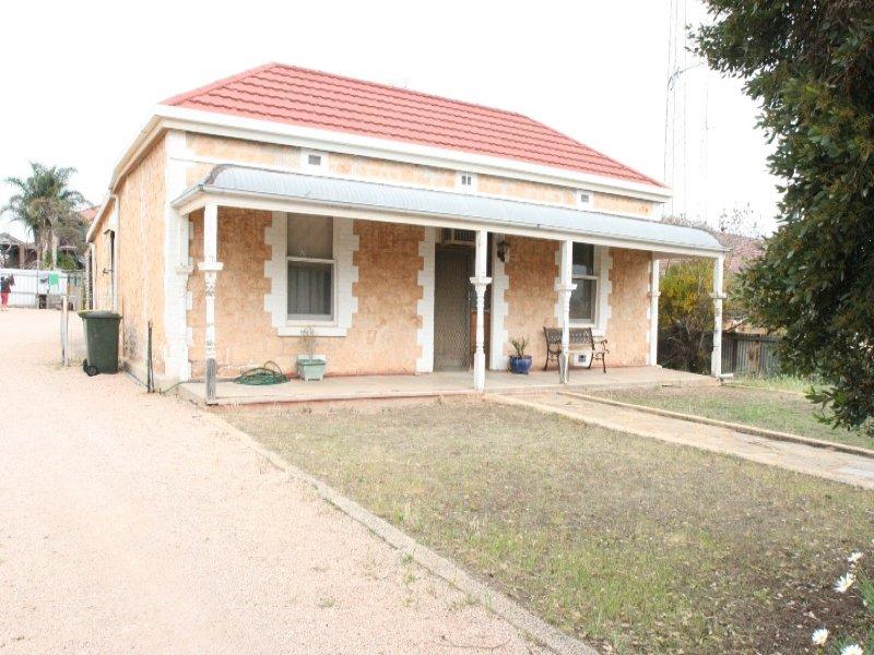 121 Bay Road, Moonta Bay, SA 5558