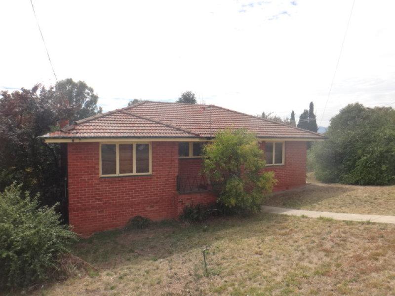 2 Monty Walk, Bathurst, NSW 2795